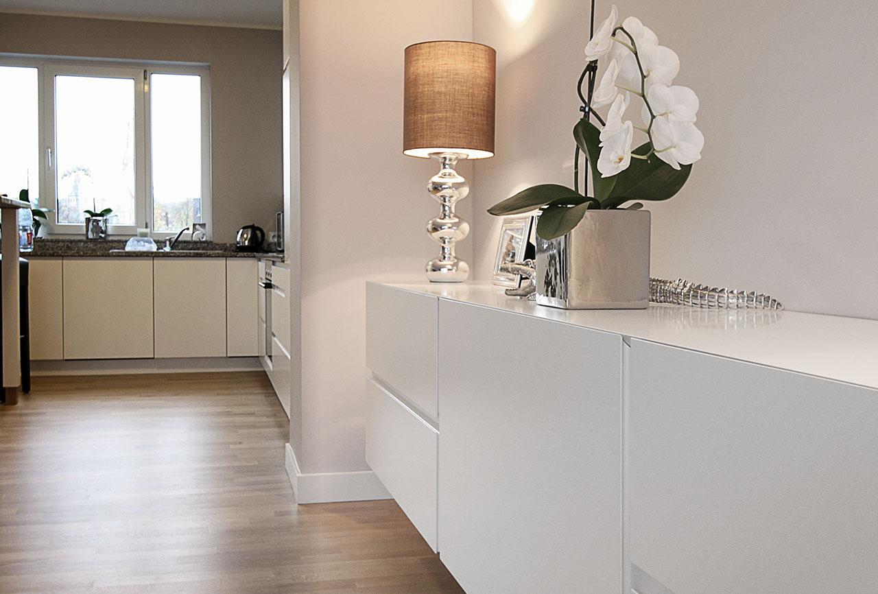 schwebendes sideboard schreinerei berghausen. Black Bedroom Furniture Sets. Home Design Ideas